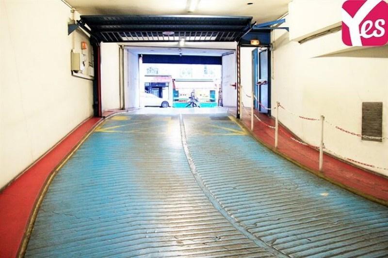 Location garage parking paris butte montmartre 18e for Garage paris 16