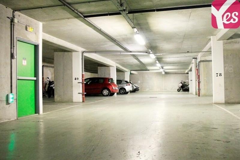Location garage parking paris buttes chaumont 19e for Garage volkswagen paris 13