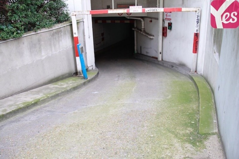 Location garage parking paris butte montmartre 18e arrondissement 20m 100 mois sur le - Location garage paris 15 ...